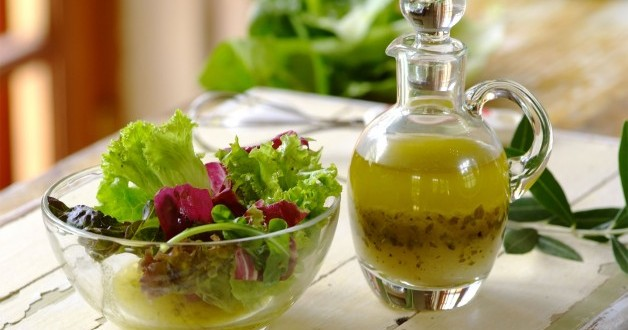 ADEREZO IDEAL A LAS HIERBAS para las ensaladas