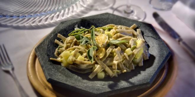 PIZZOCCHERI (tallarines de harina de trigo y trigo sarraceno)